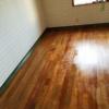 床の塗装剥がれを除去し新たにニスで塗装してピカピカにするぞ!